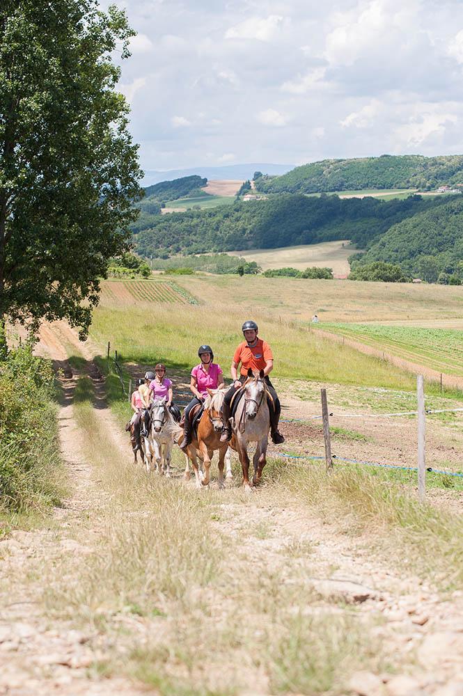 Au pays des pierres dorées gpx cheval randonnée