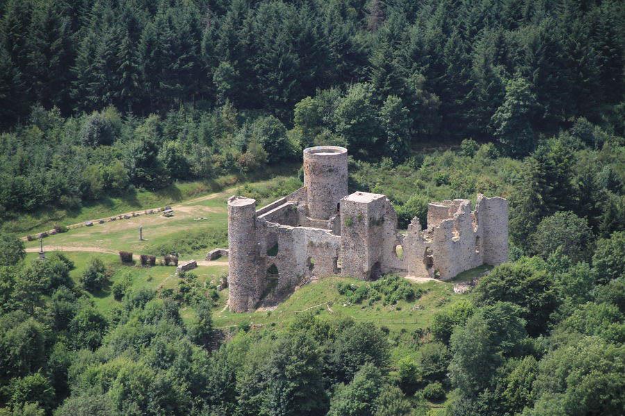 Chateau Cornes d'Urfé tracé GPX cheval