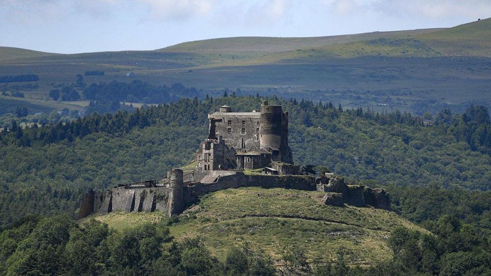 Chateau de Murol itinéraire à cheval gpx