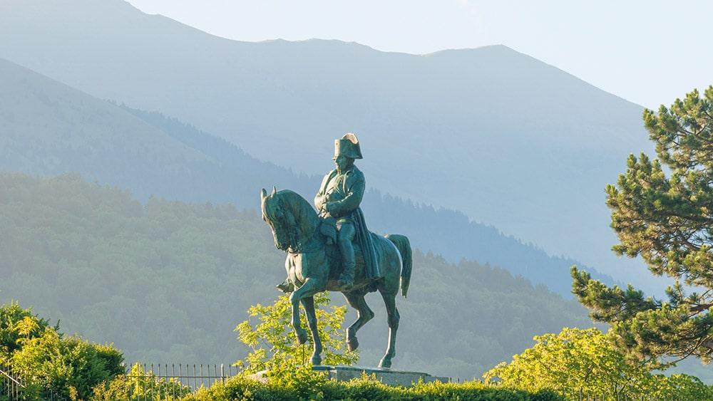 La route Napoléon à cheval Corps La Mure