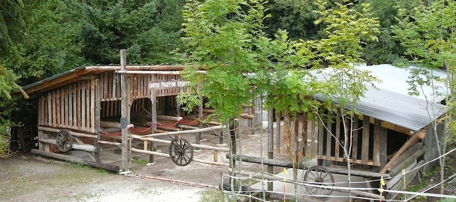 Camping les Aillons randonnee cheval Savoie