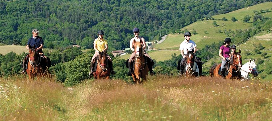 Circuit des Pierres d'Antan Loire randonnee cheval