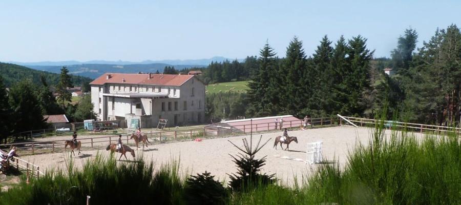 Domaine de Fontcouverte randonnee cheval Ardeche