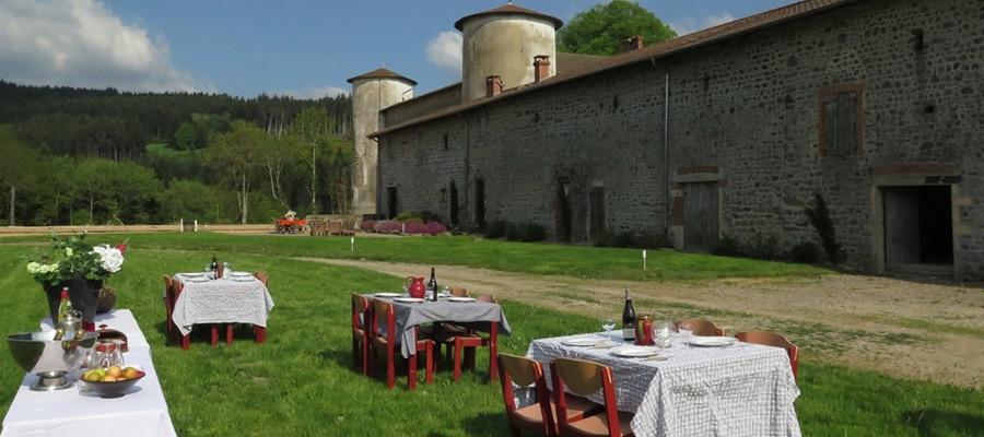 Gite du Château de Fougères randonnee cheval Rhone