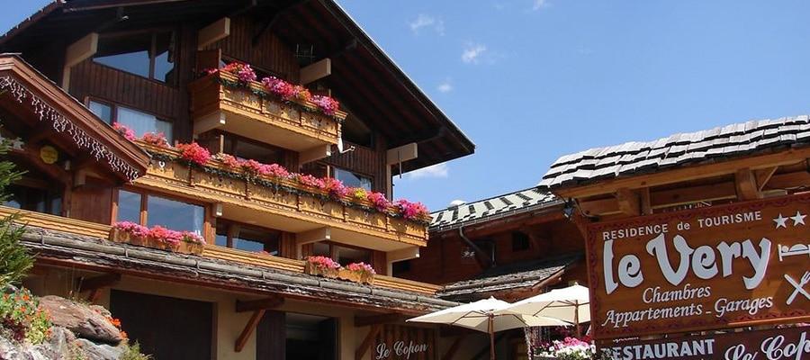 Hôtel et résidence Le Very randonnee cheval halte equestre Savoie