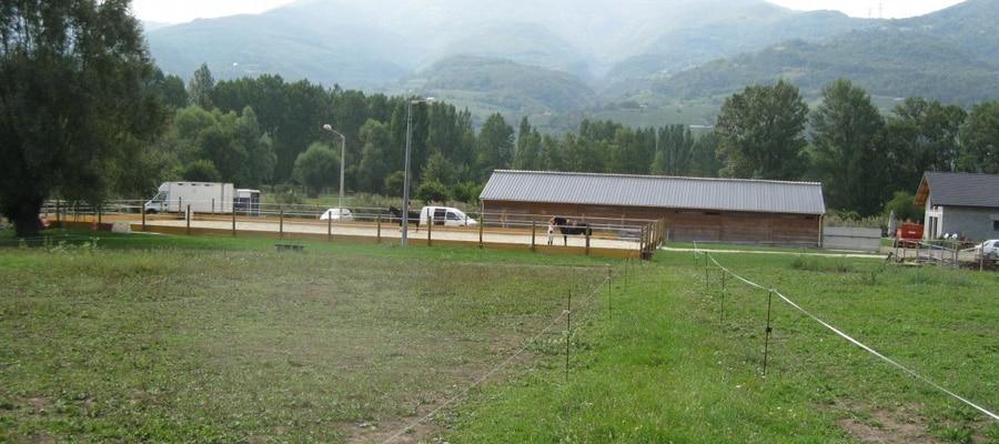 Les Cavaliers des Vignes d'Apremont randonnee cheval Savoie camping