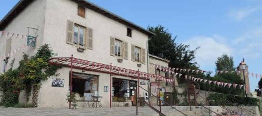 Gite communal Saint Haon le Chatel randonnee cheval Loire