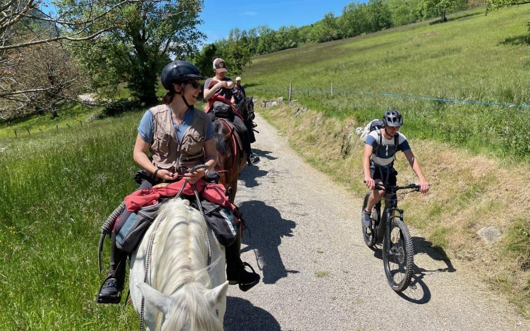 Projet de Partenariat des Comités Régionaux Auvergne Rhône Alpes : Tourisme Equestre & Cyclotourisme.